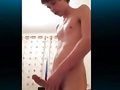 Young Sweet Twink Boy Wank his Big Cock on Cam