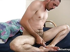 Geo Reigns Plays With Feet And Cock