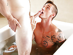 Breaking in the tub - Markie More, Lance Ford