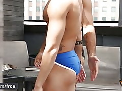 Summer Hummer - Trailer preview - Men.com