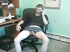 Helpjerk and blowjob a str8 latino twink whit big dick