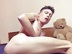 Cute young twink Craig Kennedy cums fucking his fleshlight