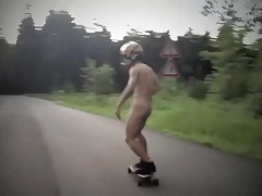 Str8 fun play - naked skateboarders